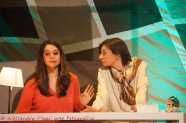 Cordelia ed Ofelia, le sorelle Luce (Sara Lodigiani e Barbara Ferrari)